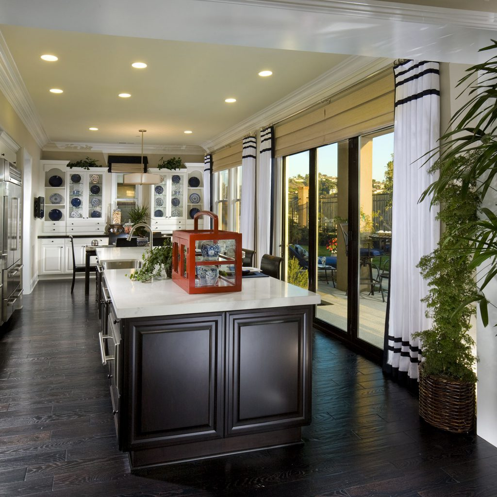 Coastal Kitchen with Contrast