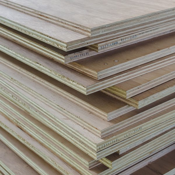 Saroyan-Hardwoods-Hardwood-Plywood-Hero